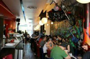 モントリオールおしゃれカフェRestaurant L'Avenue